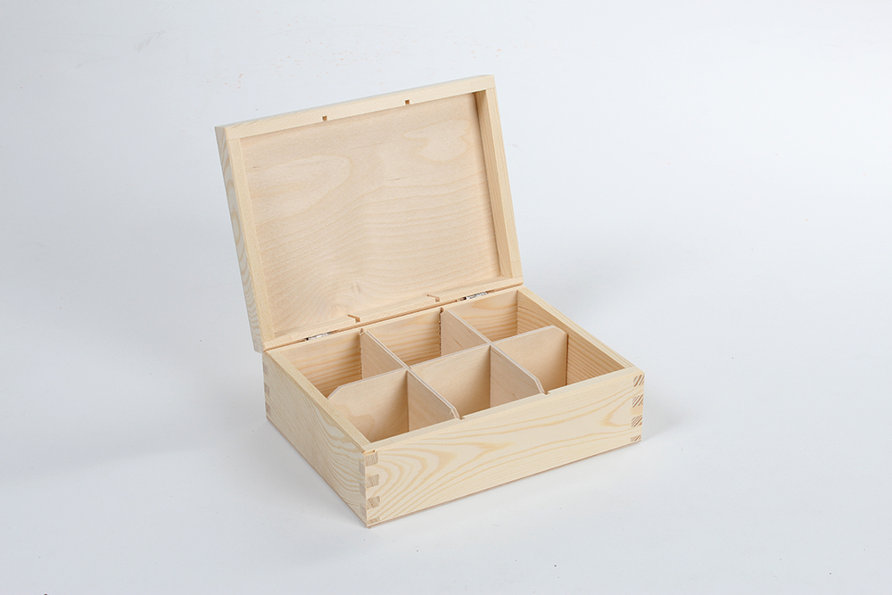 Wooden box for tea H06